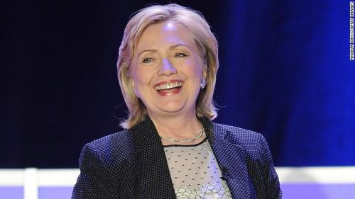 Clinton tells 'Daily Show' she wants…