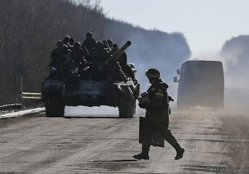 Ukrainian Forces Quit Besieged…