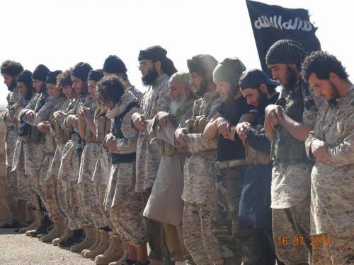 ISIS Rebels Behead 18 Syrian Soldiers…